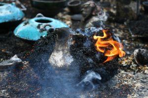 Cuisson-raku-atelier-poterie-Autrans
