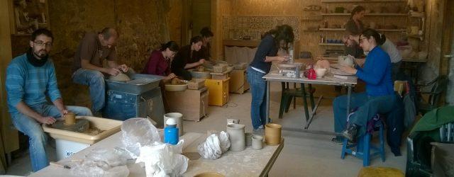 Organisation des cours et stages de poterie à Autrans et Domène (Isère)